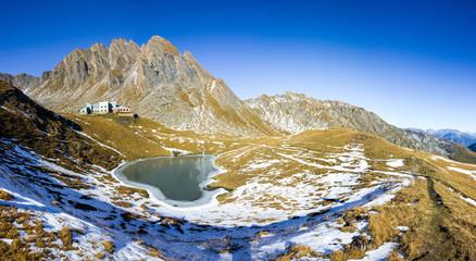 Panoramica in montagna - Rifugio Frassati in Valle d'Aosta
