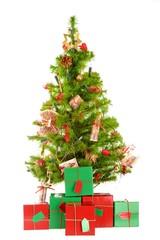 Weihnachtsbaum Isoliert mit Geschenken