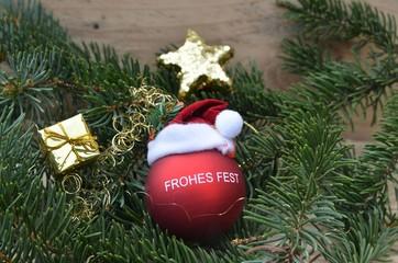 Geschenkanhänger zu Weihnachten mit Kugel - Frohes Fest