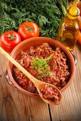 ragù alla bolognese - tradizionale ricetta italiana