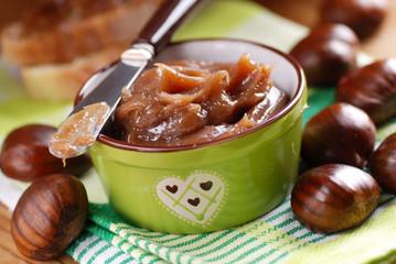 marmellata di castagne fatta in casa