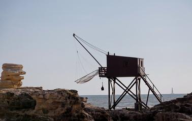 Pêche au carelet, cabane de pêcheurs sur pilotis