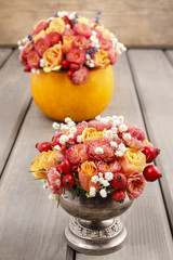 Bouquets of flowers: in pumpkin and in silver goblet