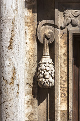 Stone tuft