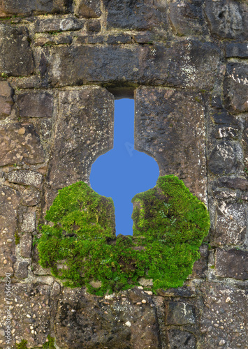 canvas print picture Fenster in einer Burgmauer