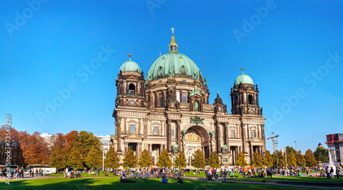 canvas print picture Berliner Dom panoramic overview on a sunny day