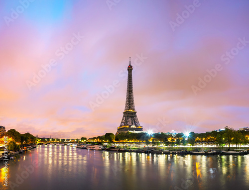 Poster Parijs Paris cityscape with Eiffel tower