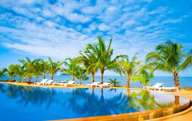 Paradise Pool Blue Luxury