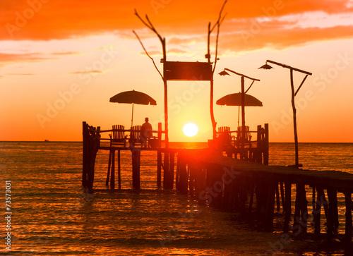 Leinwanddruck Bild Evening Meditation Way to Sunset