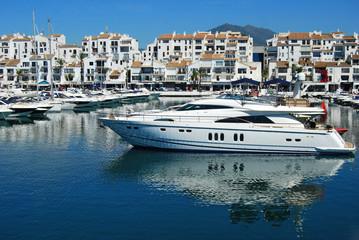 Puerto Banús, Marbella, yates