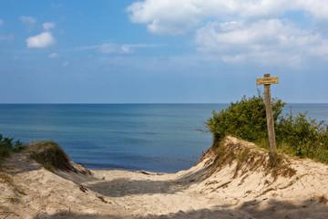 Strandabgang und Dünen auf dem Darß