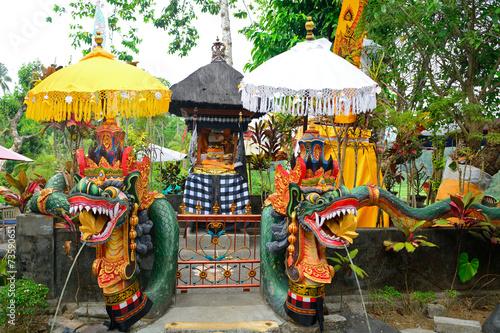 Aluminium Bedehuis Dragons, Bukit Jambul, Bali, Indonesia