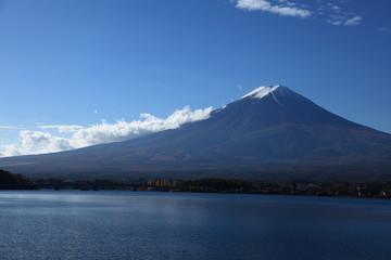 Mt Fuji and Kawaguchi lake under the blue sky