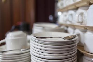 restaurant dishware
