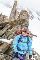 Alpinistin am Gipfel
