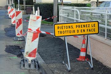 panneaux de chantier, en ville