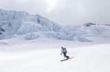 spektakuläre Abfahrt zwischen Gletscherspalten