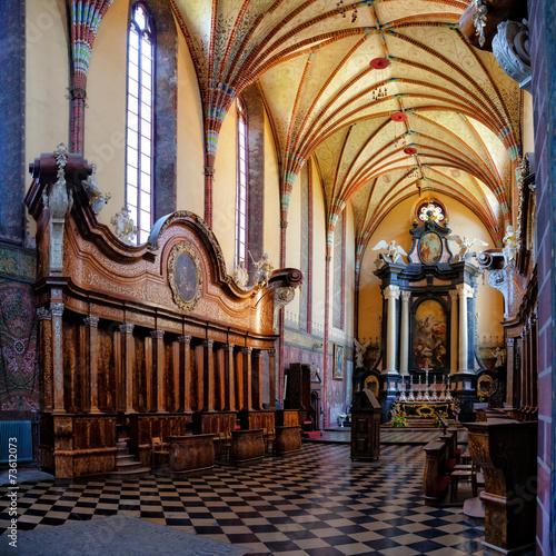Zdjęcia na płótnie, fototapety, obrazy : Church interior in Frombork, Poland.