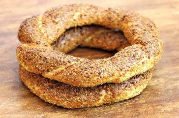 Turkish bagel, simit.