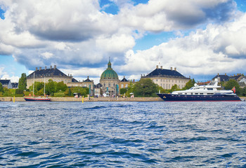 The view from the main harbour on Amalienborg.