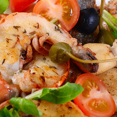 Fried seafood with vegetables
