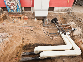Bauarbeiten an der Stromversorgung - Fernwärme - Telefon
