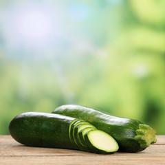 Zucchini Gemüse im Sommer