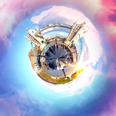 Circular view of a famous London attraction
