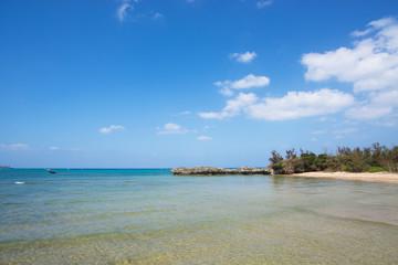 沖縄のビーチ・美留の浜