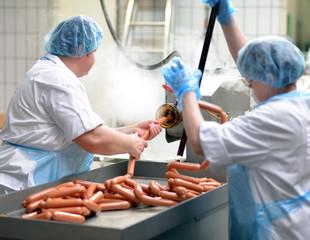 Wurstproduktion in der Lebensmittelindustrie