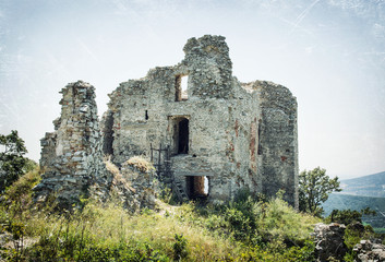 Ruins of the castle Gymes, scratched pattern