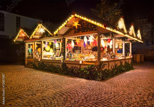 Leinwandbild Motiv Kunsthandwerk auf dem Weihnachtsmarkt