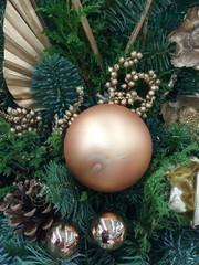 weihnachtsdeko in gold