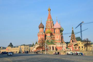 Москва. Вид на Васильевский спуск и храм Василия Блаженного