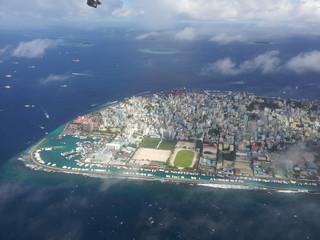 Malediven, Luftaufnahme der Inselhauptstadt Male mit Hafen