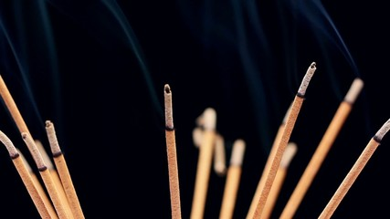 Rotating incense sticks
