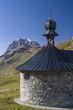 canvas print picture - Bergkapelle auf dem Klausenpass
