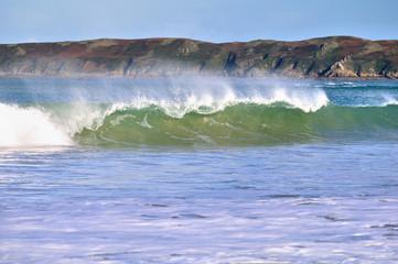 Belle vague pour le surf en Bretagne