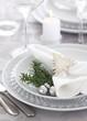 Leinwanddruck Bild - Christmas table setting in silver and white