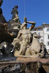 tritone, fontana del Nettuno, Trento