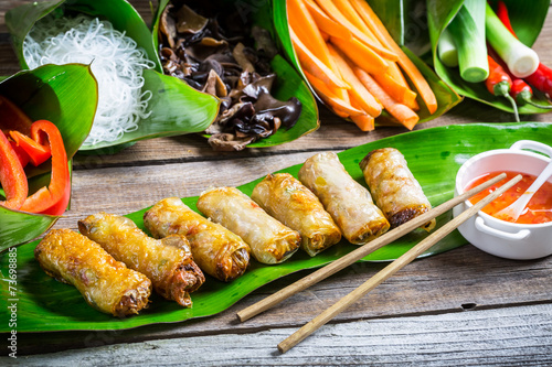 Fototapety, obrazy : Fried spring rolls surrounded by ingredients
