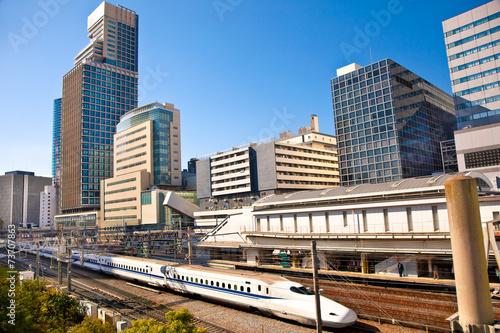 Foto op Plexiglas Japan Railway with skyline shinkansen at Odaiba ,Tokyo, Japan.