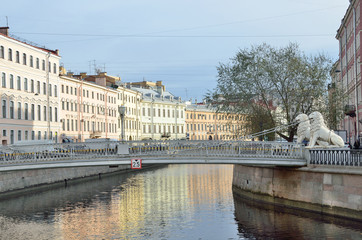 Санкт-Петербург, набережная канала Грибоедова, Львиный мост