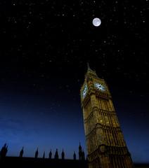 London-Big Ben mit Sternenhimmel und Mond