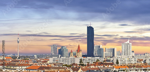 Keuken foto achterwand Wenen Skyline of the Danube City of Vienna