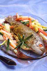 Trout baked with tarragon