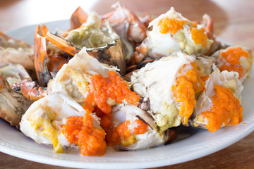 Steamed crab on dish reay eat