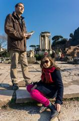 Père et fille dans le Forum romain