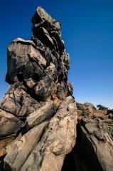 Bizarre Felsformation - die Teufelsmauer im Harz