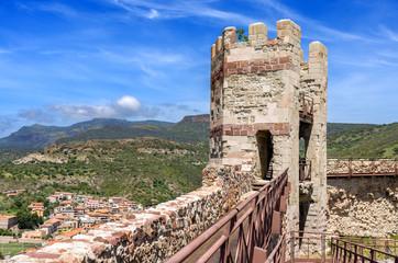 Sardegna, Bosa, torre del Castello medievale dei Malaspina